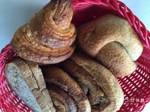 あの噂のパン屋のパンも並ばず手に入る!宅配パンを買ってみた。@大阪