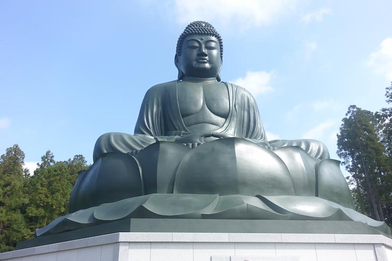 【鹿野大仏】東京・日の出町「宝光寺」の鹿野大仏への行き方や駐車料金は?